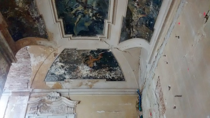Damaged ceilings in the Palazzo Ardinghelli.