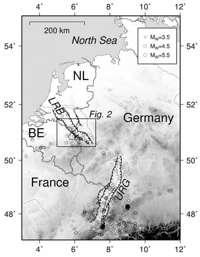 The Lower Rhine Basin (LRB) is one of the seismically most active areas in Central Europe besides the Upper Rhine Graben (URG), and forms a NW-SE striking graben system.