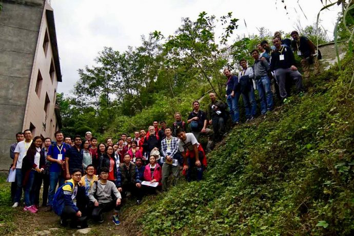 Group photo on an 11 m fault scarp.