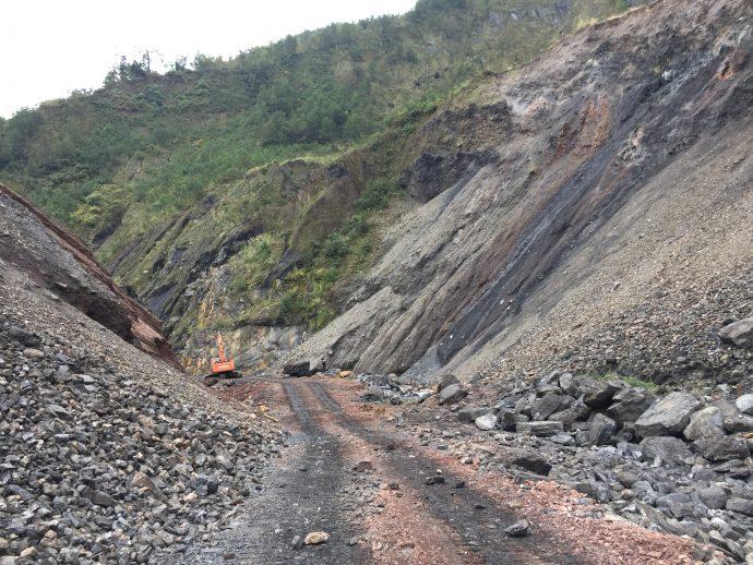 Landslide_3_excavator