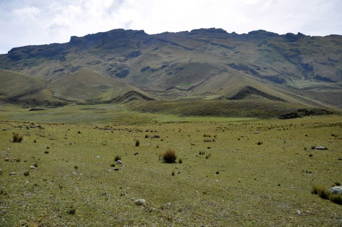 Moraines offset by the Pachatusan Fault.
